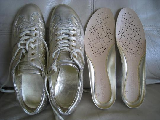 Louis Vuitton Limited Edition Rare Mirror Metallic Silver / Light Gold Athletic Image 8
