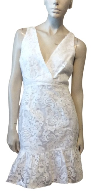 Preload https://img-static.tradesy.com/item/14202313/marchesa-voyage-white-floral-mid-length-short-casual-dress-size-4-s-0-1-650-650.jpg