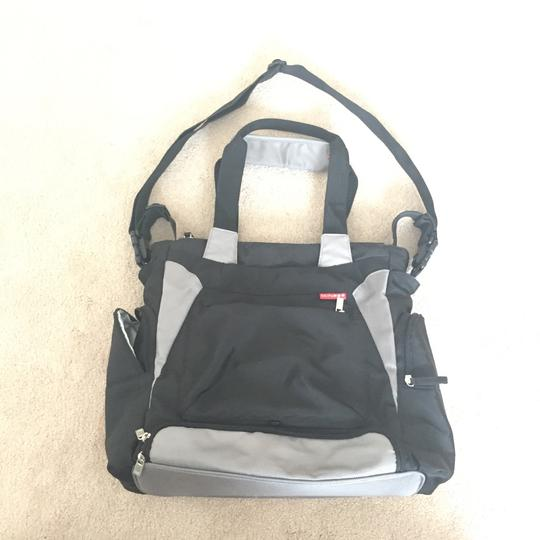 Skip Hop Black Diaper Bag Image 10