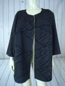 Maggie Barnes Catherines Blazer 1x Plus Black Gray Artsy Poly Rayon Stretch