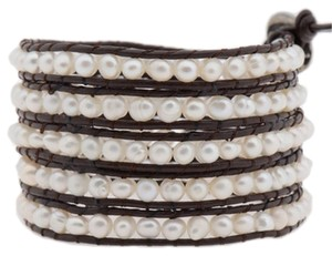 Victoria Emerson Victoria Emerson Freshwater Pearls on Brown Leather Wrap Bracelet
