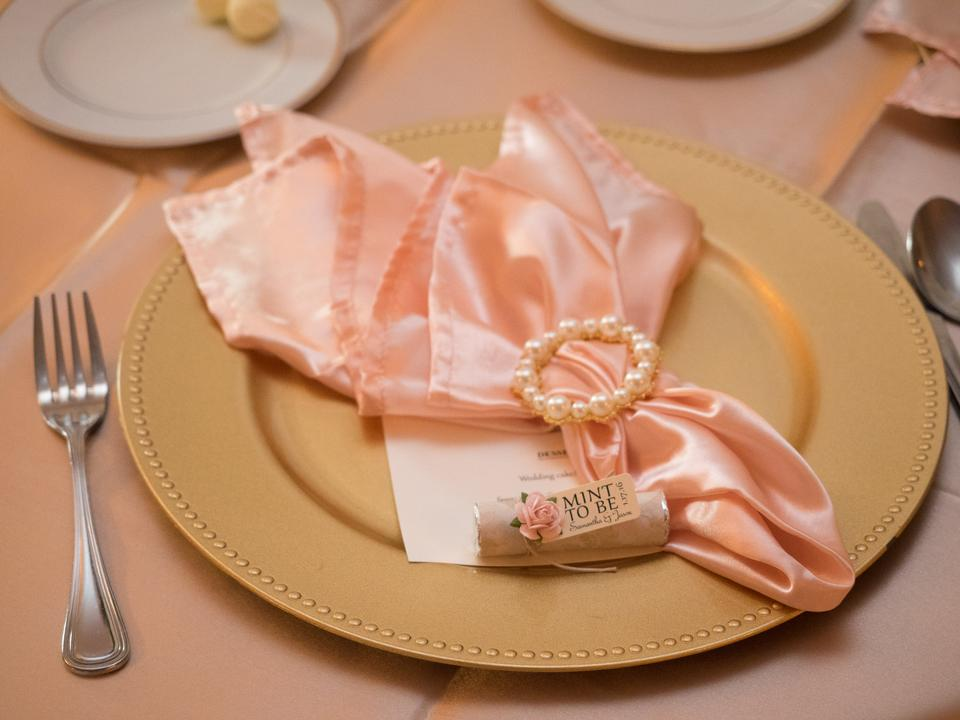 Wedding Linens Direct.Wedding Linens Direct Gold Blush Champagne And Decor Chargers Napkins Tablecloths Chair Sashes Napkin Rings Bird Cage Reception Decoration 53 Off