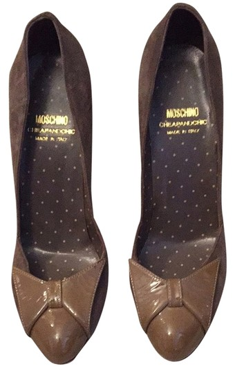 Moschino Cheep & Chic Light Brown/taupe Pumps