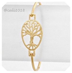 Other New Matte Gold Tone Tree of Life Hook Bracelet