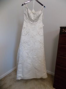 5730 Wedding Dress