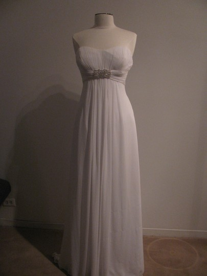 Cosmobella White 7554 (52ss) Traditional Wedding Dress Size 12 (L)