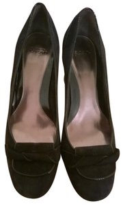 Circa Joan & David New Comfy Rubber Sole For Added Comfort black Pumps
