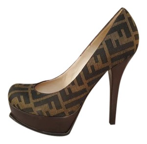 Fendi Zucca Ff Brown Pumps
