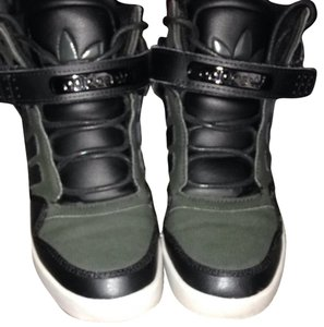 adidas Sneakers Hightop Hightops Velcro Street Style Green Green/black Athletic