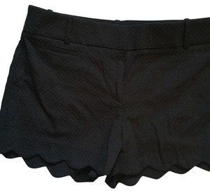 Ann Taylor LOFT Mini/Short Shorts Black scalloped