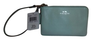 Coach Wristlet in SEAGLASS GREEN
