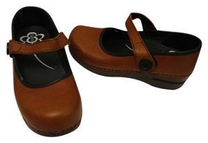 Sanita brown Flats