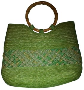 island boutique Tote in green