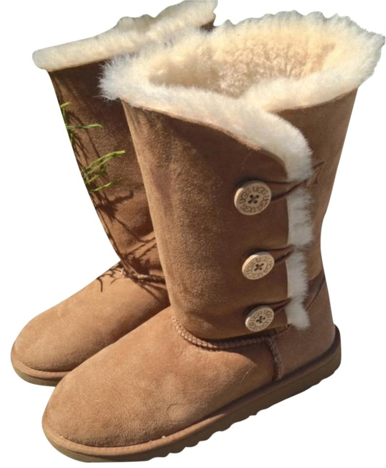 2d9455f2acd UGG Australia Chestnut Bailey Button Triplet Boots/Booties Size US 6.5  Regular (M, B) 29% off retail