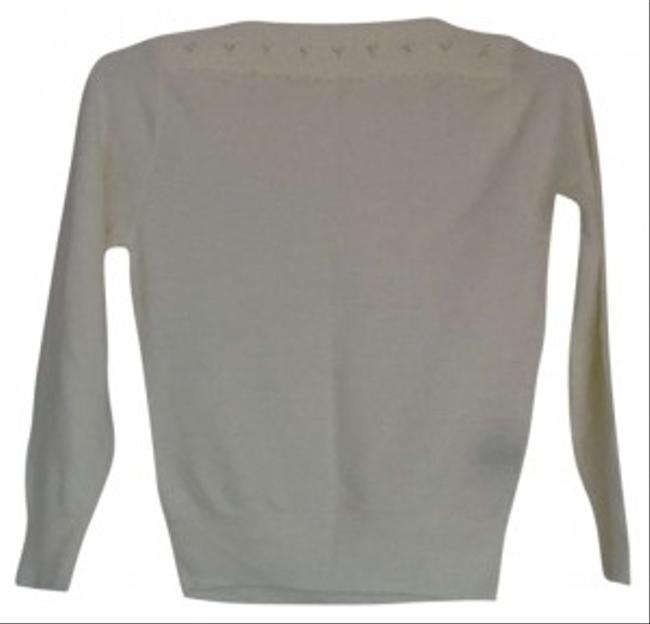 Preload https://item1.tradesy.com/images/cream-with-beaded-detail-sweaterpullover-size-4-s-142310-0-0.jpg?width=400&height=650