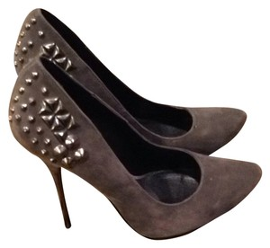 Luichiny Grey Suede Pumps