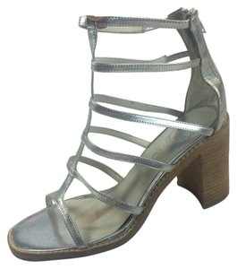 Jeffrey Campbell Gladiator Size 8.5 Leather Chunk Heel Silver Sandals