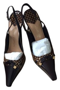 Louis Vuitton Chess Brown Pumps