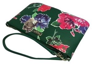 Kate Spade Newbury Lane Lolly Wristlet in Spring And Bloom