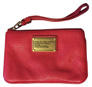 Marc Jacobs Wristlet in Red, Coral
