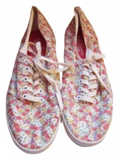 Preload https://item2.tradesy.com/images/american-eagle-outfitters-red-pink-paisley-sneakers-size-us-8-142456-0-0.jpg?width=440&height=440