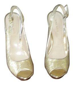 Nine West Peep Date Night Night Out Formal Gold Glitter Pumps