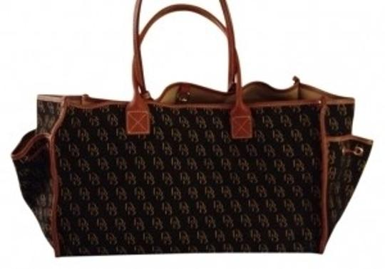 Preload https://item2.tradesy.com/images/dooney-and-bourke-large-navy-tan-canvas-tote-14246-0-0.jpg?width=440&height=440