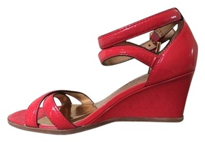 Coach Classic Wedge Coral patent leather Wedges