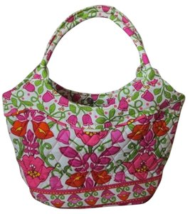 Vera Bradley Gift Tote in Floral Lilli Bell