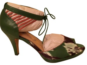 Poetic License green Pumps
