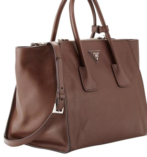 Preload https://item2.tradesy.com/images/prada-twin-twin-pocket-grained-pocket-brown-leather-tote-14248981-0-4.jpg?width=440&height=440
