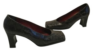 Kenneth Cole E39 Snake Pattern Square Toe Multi color leather Pumps