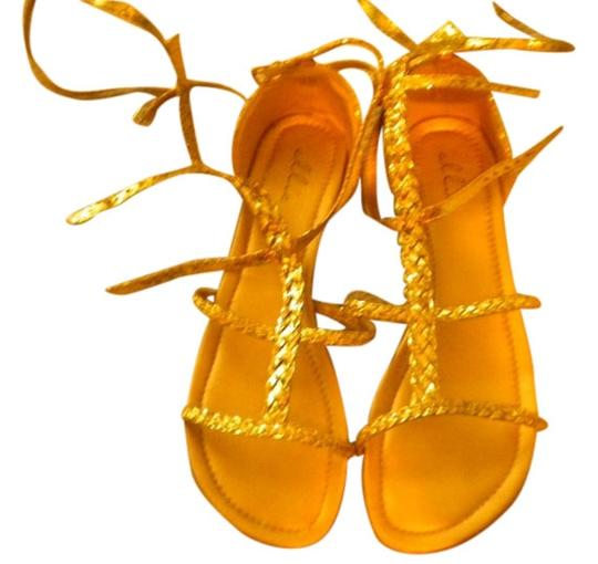 Preload https://item1.tradesy.com/images/ellie-shoes-gold-sandals-size-us-10-1425175-0-0.jpg?width=440&height=440