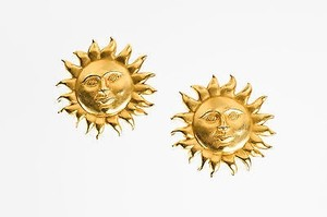 Carolee Vintage Carolee Matte Gold Tone Sun Face Clip On Earrings