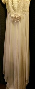 Ivory Embroidered Wedding Gown Wedding Dress