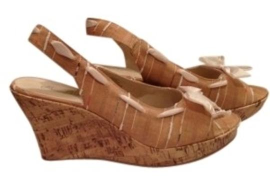 Other Fabric Cork 8-b Like New Tan, Cream Wedges
