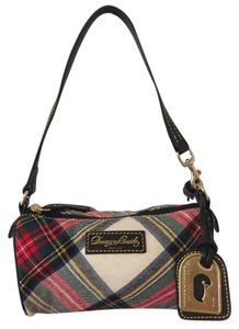 Dooney & Bourke & Tartan Barrel Hand Clutch Baguette