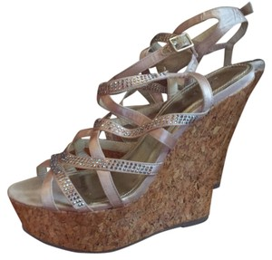 Bakers Beige, rhinestones Wedges