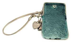 Coach POPPY SEQUIN WRISTLET BLUE