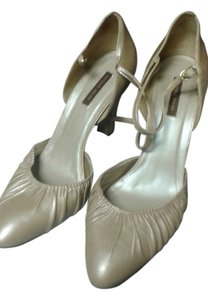 Antonio Melani cream Sandals