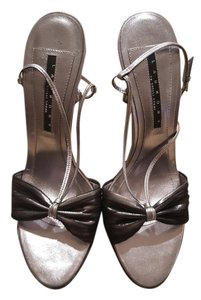 Laundry by Shelli Segal pewter and black Sandals