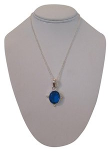 Handmade ARTISAN FACETED SAPPHIRE COLOR QUARTZ GLASS WITH 925 SILVER PLATED NECKLACE
