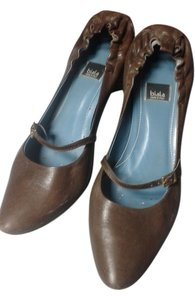 Biala brown Pumps