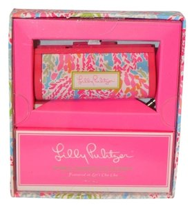 Lilly Pulitzer Lilly Pulitzer mobile charger in Let's Cha Cha For Iphone 5-Brand New in Box