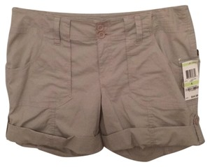INC International Concepts Bermuda Shorts Cement (beigh).