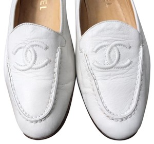 Chanel Loafers Vintage Cc Logo white Flats