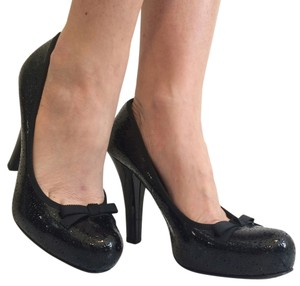Marc by Marc Jacobs Leather Patent Leather Black Pumps