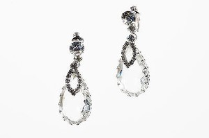 Vintage Silver Tone Glass Crystal Rhinestone Teardrop Marquise Clip On Earrings