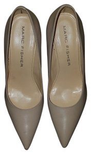 Marc Fisher Neutral Pumps