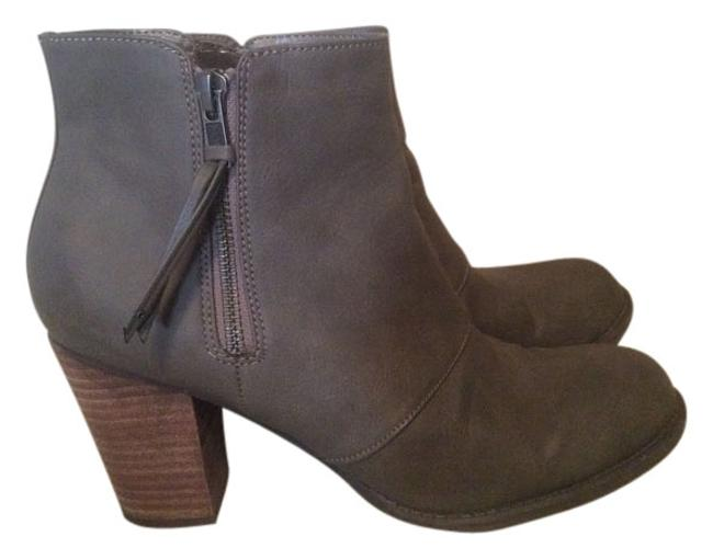 Item - Gray Boots/Booties Size US 8.5 Regular (M, B)